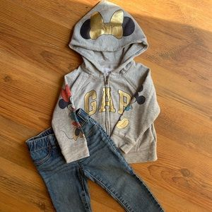 GAP Girls Disney Sweater & Jeggings Bundle